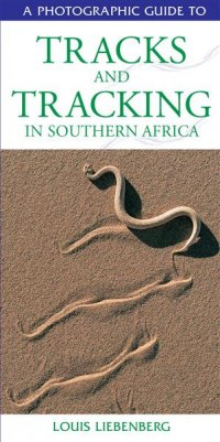 A. D. Small Africa Gift Book - Photographic Guide to Tracks & Tracking
